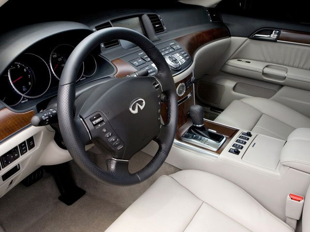 2008 INFINITI M35 Prices and Values Sedan 4D driver's dashboard