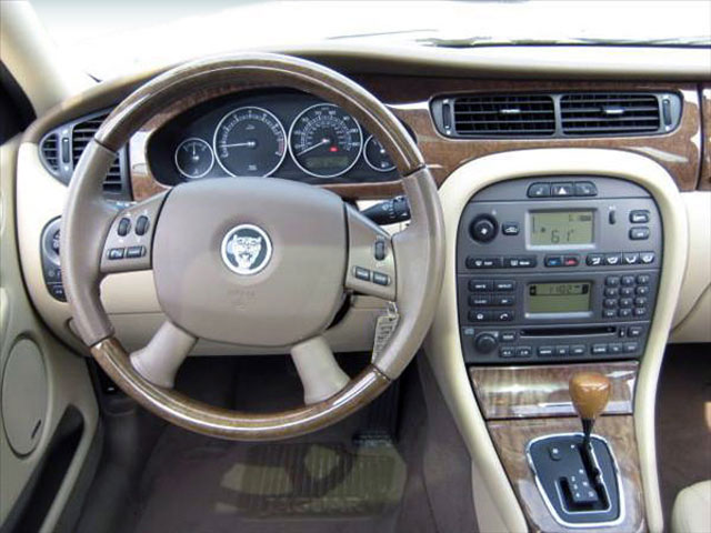 2008 Jaguar X-TYPE Prices and Values Wagon 4D 3.0 AWD driver's dashboard
