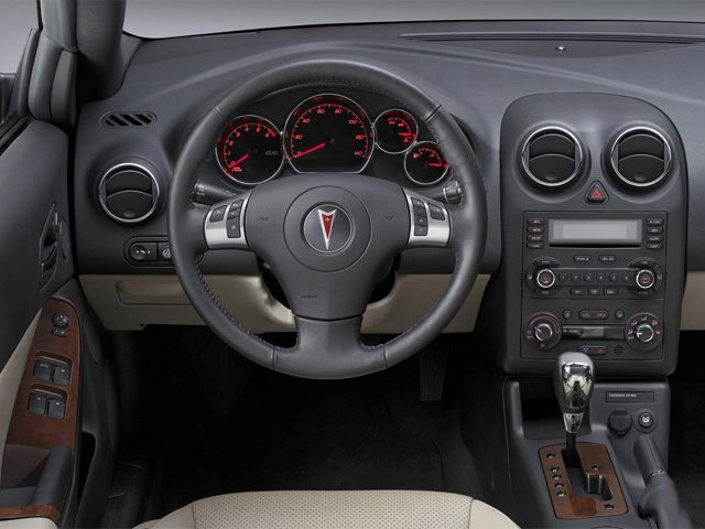 2009 Pontiac G6 Prices and Values Convertible 2D GT driver's dashboard