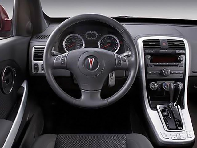 2009 Pontiac Torrent Prices and Values Utility 4D AWD driver's dashboard