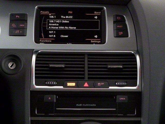 2010 Audi Q7 Prices and Values Utility 4D 3.6 Prestige AWD stereo system