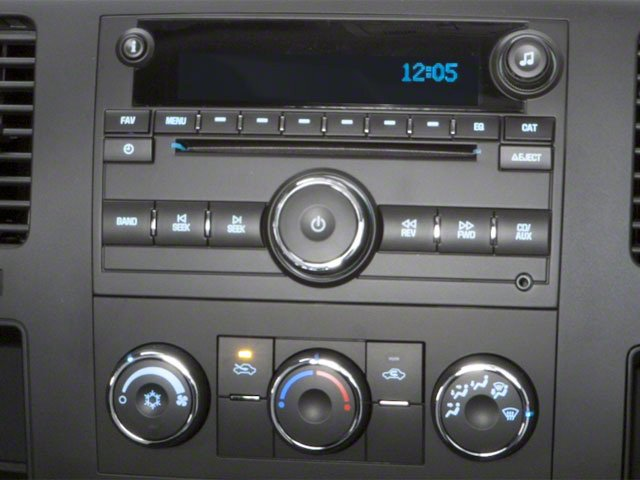 2010 Chevrolet Silverado 2500HD Prices and Values Regular Cab LT 4WD stereo system