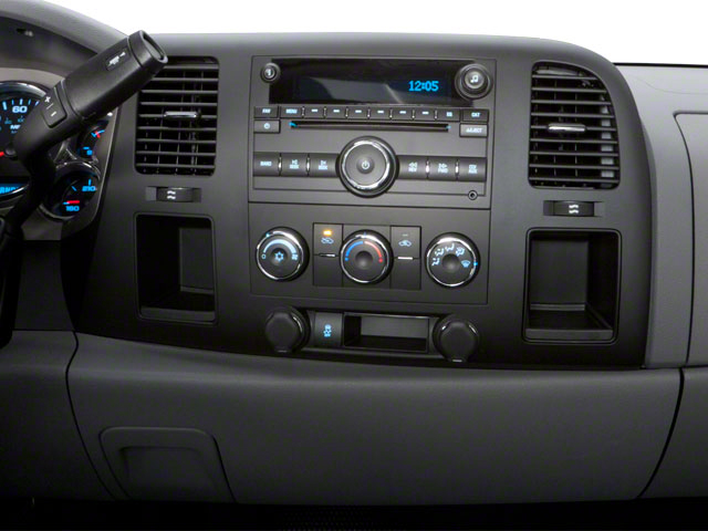 2010 Chevrolet Silverado 2500HD Prices and Values Regular Cab LT 4WD center console