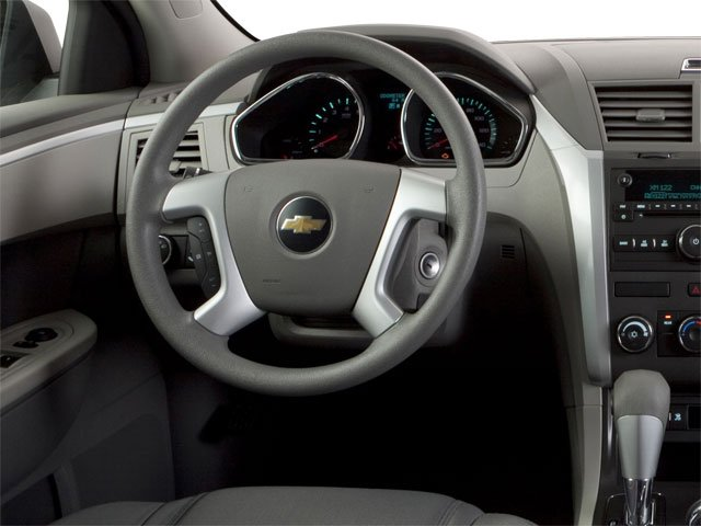 2010 Chevrolet Traverse Prices and Values Utility 4D 2LT AWD driver's dashboard