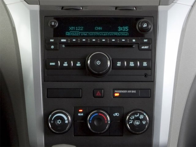 2010 Chevrolet Traverse Prices and Values Utility 4D 2LT AWD stereo system