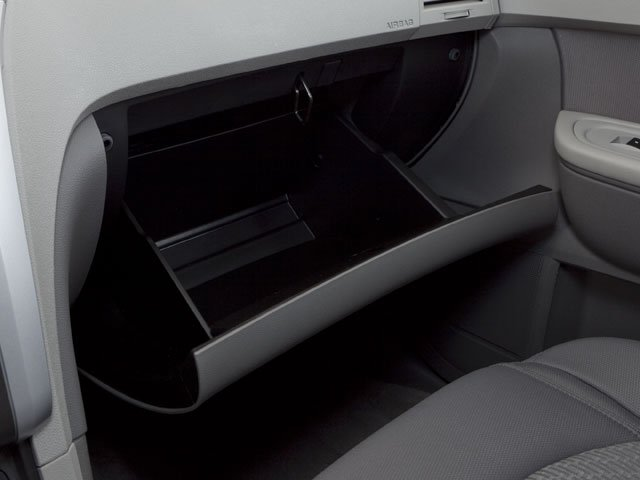 2010 Chevrolet Traverse Prices and Values Utility 4D 2LT AWD glove box
