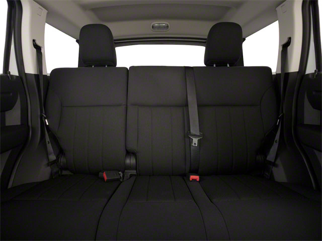 2010 Dodge Nitro Pictures Nitro Utility 4D SXT 4WD photos backseat interior