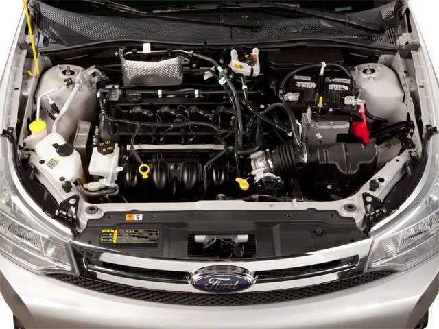 2010 Ford Focus Pictures Focus Sedan 4D SE photos engine