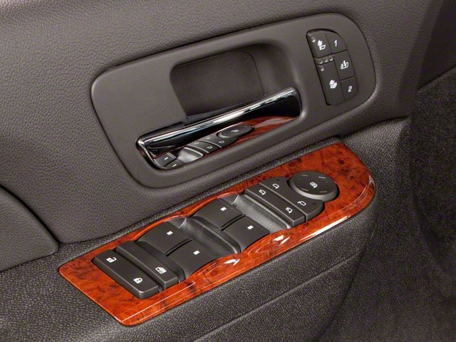 2010 GMC Yukon Pictures Yukon Utility 4D SLE 4WD photos driver's side interior controls