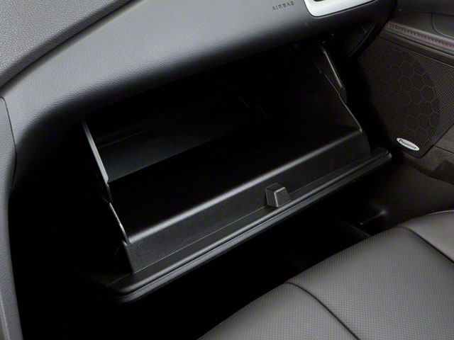 2010 GMC Terrain Prices and Values Utility 4D SLE2 2WD glove box