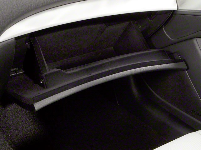 2010 INFINITI G37 Convertible Pictures G37 Convertible Convertible 2D photos glove box