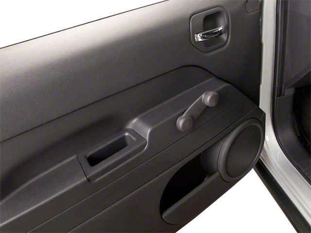 2010 Jeep Patriot Prices and Values Utility 4D Latitude 2WD driver's door