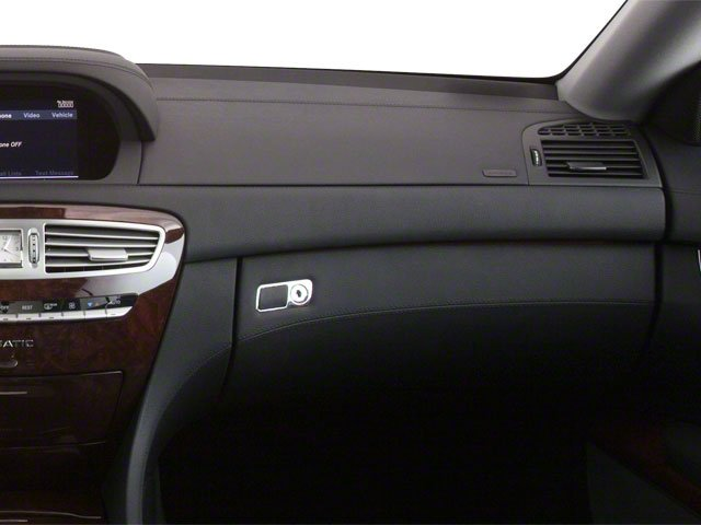 2010 Mercedes-Benz CL-Class Prices and Values Coupe 2D CL600 passenger's dashboard