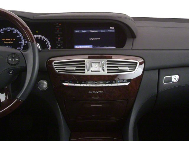 2010 Mercedes-Benz CL-Class Prices and Values Coupe 2D CL600 center dashboard