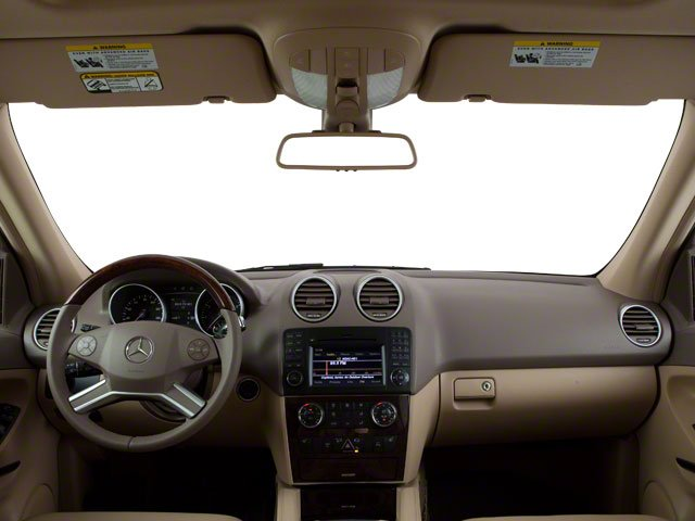 2010 Mercedes-Benz M-Class Prices and Values Utility 4D ML550 4WD full dashboard