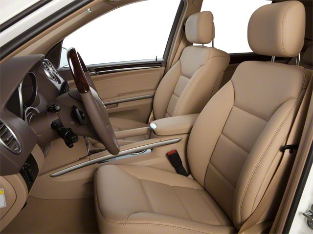 2010 Mercedes-Benz M-Class Prices and Values Utility 4D ML550 4WD front seat interior