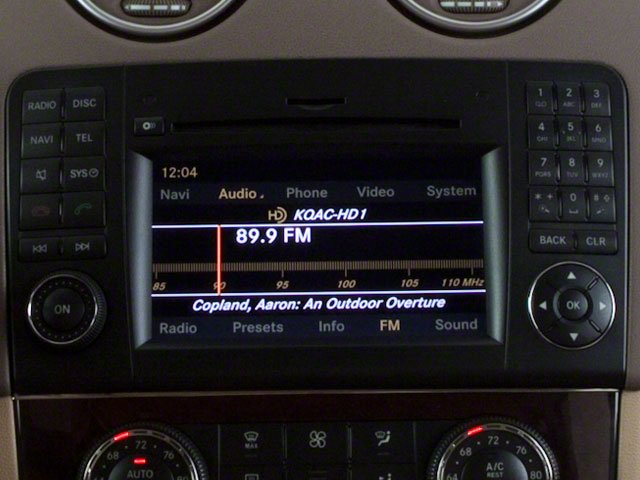 2010 Mercedes-Benz M-Class Prices and Values Utility 4D ML550 4WD stereo system