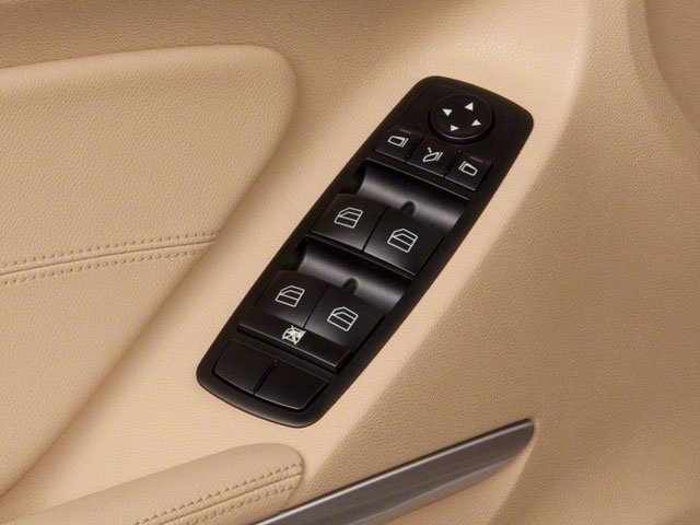 2010 Mercedes-Benz M-Class Prices and Values Utility 4D ML550 4WD driver's side interior controls