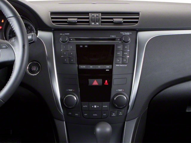 2010 Suzuki Kizashi Prices and Values Sedan 4D S center console