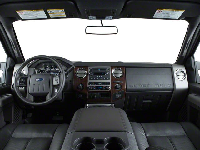 2011 Ford Super Duty F-450 DRW Pictures Super Duty F-450 DRW Crew Cab Lariat 4WD T-Diesel photos full dashboard