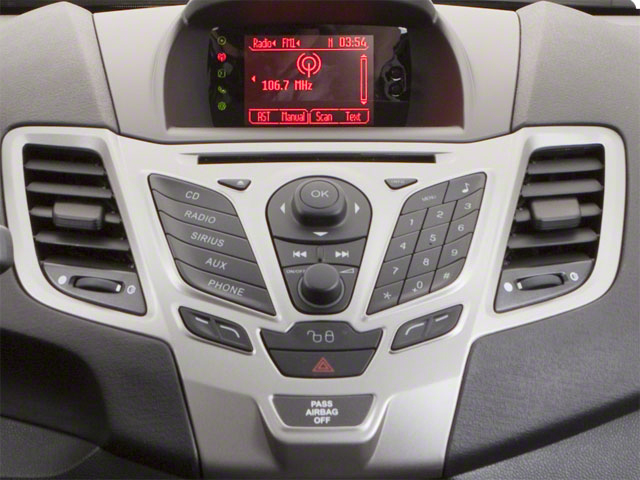 2011 Ford Fiesta Pictures Fiesta Hatchback 5D SE photos stereo system