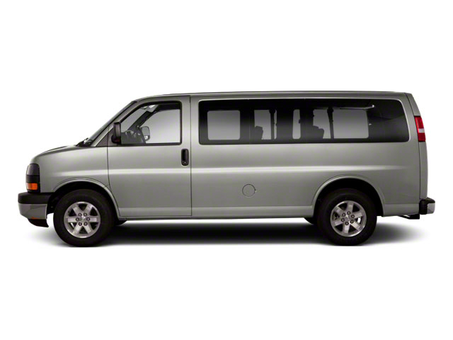 2011 GMC Savana Passenger Pictures Savana Passenger Savana LS 135 photos side view