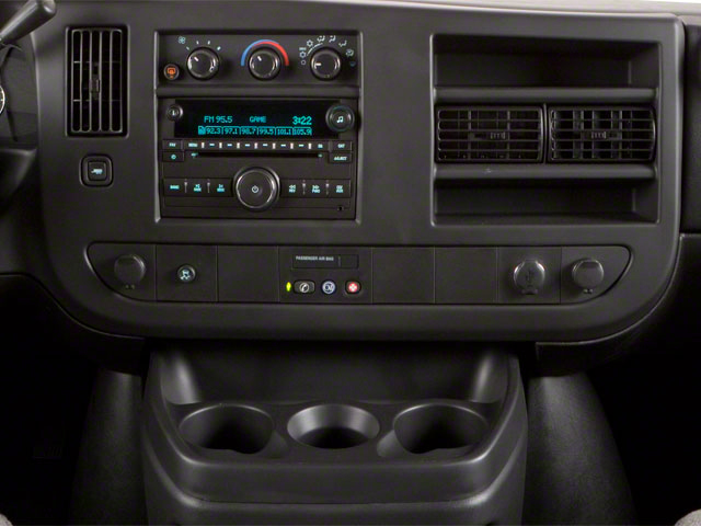 2011 GMC Savana Passenger Pictures Savana Passenger Savana LS 135 photos center console
