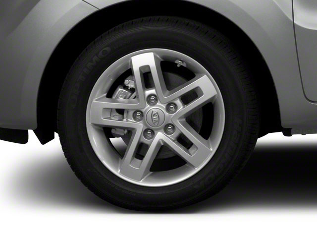 2011 Kia Soul Prices and Values Wagon 4D wheel