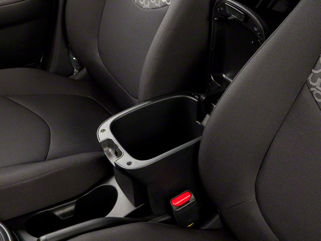 2011 Kia Soul Prices and Values Wagon 4D center storage console