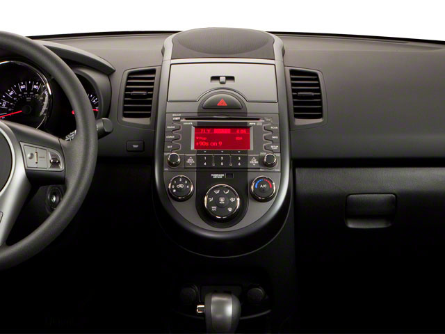 2011 Kia Soul Prices and Values Wagon 4D center dashboard