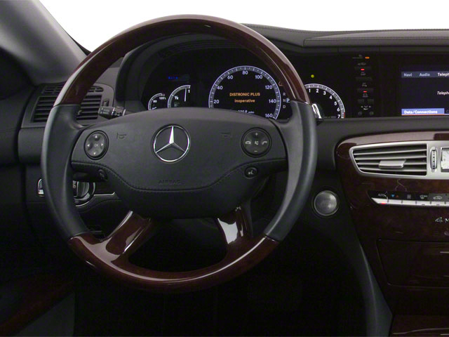 2011 Mercedes-Benz CL-Class Prices and Values Coupe 2D CL550 AWD driver's dashboard