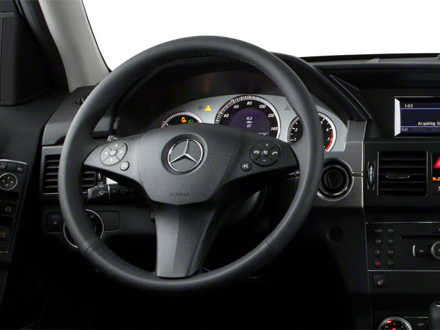 2011 Mercedes-Benz GLK-Class Prices and Values Utility 4D GLK350 2WD driver's dashboard