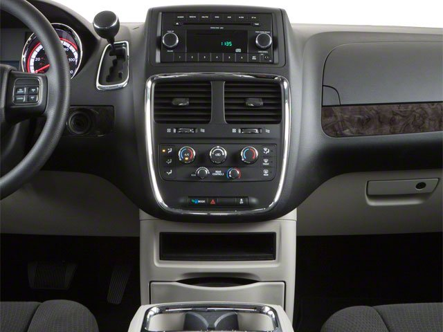 2012 Dodge Grand Caravan Prices and Values Grand Caravan SE center console