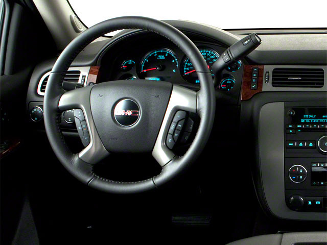 2012 GMC Sierra 2500HD Prices and Values Extended Cab SLE 4WD driver's dashboard