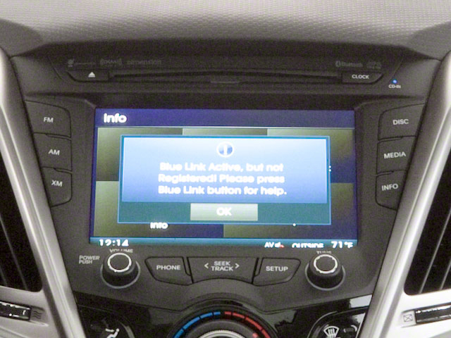 2012 Hyundai Veloster Prices and Values Coupe 3D stereo system