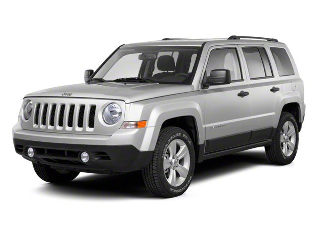 2012 Jeep Patriot Pictures Patriot Utility 4D Limited 2WD photos side front view