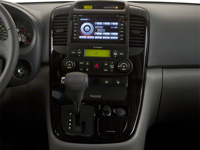2012 Kia Sedona Prices and Values Wagon LX center console