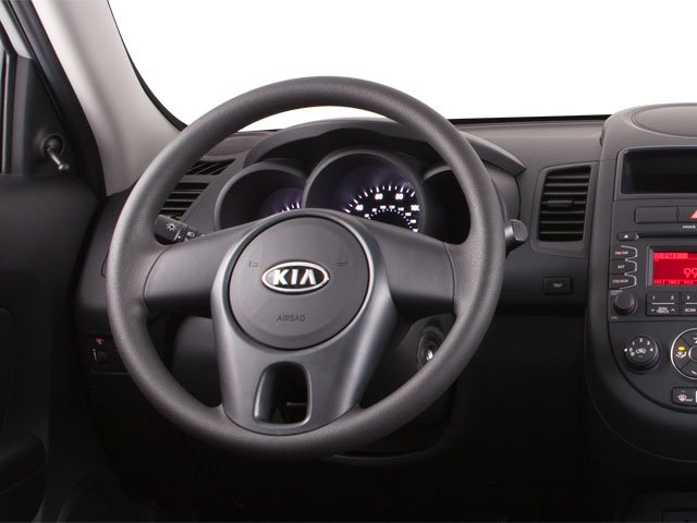 2012 Kia Soul Prices and Values Wagon 4D ! driver's dashboard