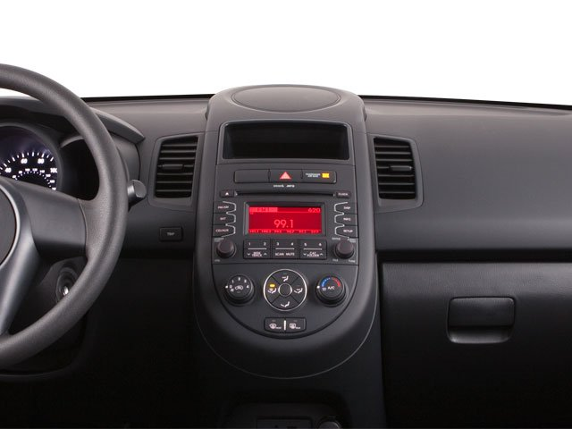 2012 Kia Soul Prices and Values Wagon 4D ! center dashboard
