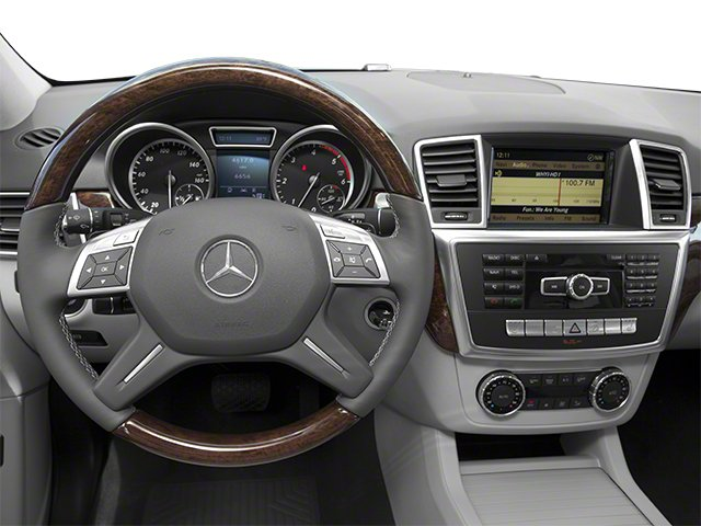 2012 Mercedes-Benz M-Class Pictures M-Class Utility 4D ML350 BlueTEC AWD photos driver's dashboard