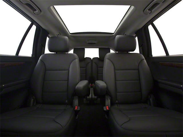 2012 Mercedes-Benz R-Class Prices and Values Utility 4D R350 BlueTEC AWD backseat interior