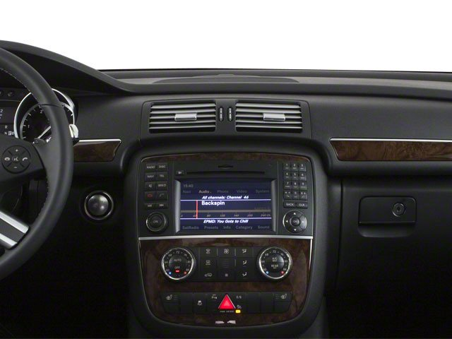 2012 Mercedes-Benz R-Class Prices and Values Utility 4D R350 BlueTEC AWD center dashboard