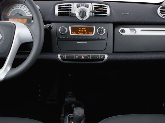 2012 smart fortwo Prices and Values Coupe 2D Pure center console