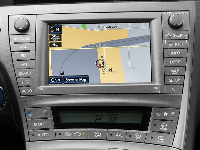 2012 Toyota Prius Prices and Values Liftback 5D stereo system