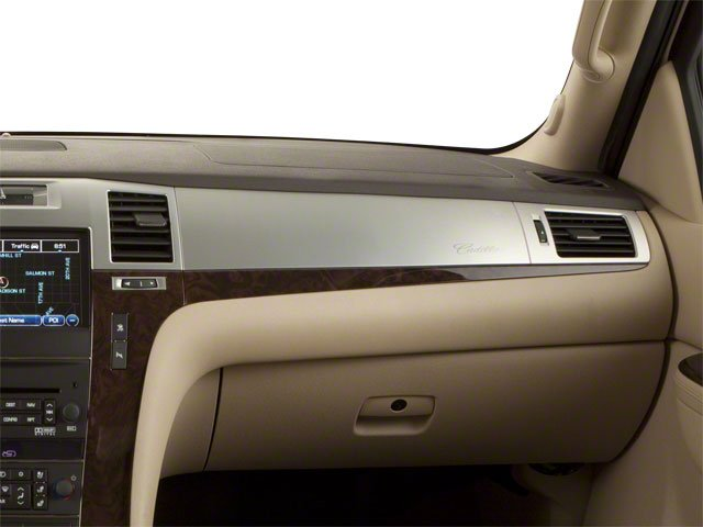 2013 Cadillac Escalade ESV Prices and Values ESV 4D Luxury 2WD passenger's dashboard