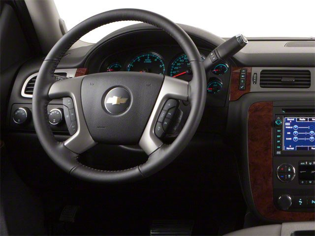 2013 Chevrolet Suburban Prices and Values Utility C2500 Fleet 2WD V8 driver's dashboard