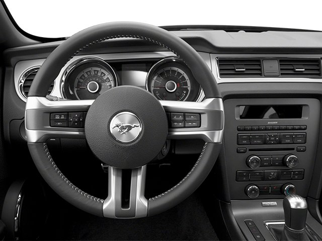 Ford Mustang Coupe 2013 Coupe 2D GT - Фото 4