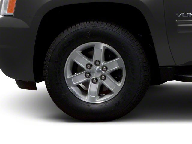 2013 GMC Yukon XL Pictures Yukon XL Utility C1500 SLT 2WD photos wheel