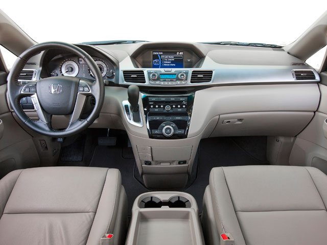 2013 Honda Odyssey Prices and Values Wagon 5D EX-L V6 full dashboard