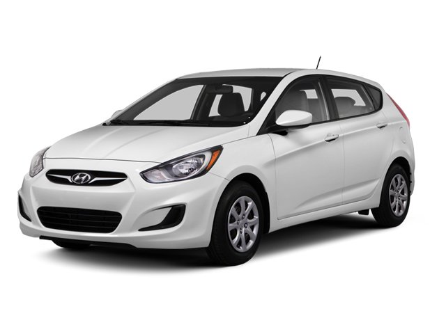 2013 Hyundai Accent Prices and Values Hatchback 5D SE side front view